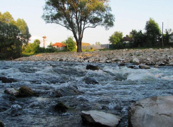 Увлекательное велотурне к каменным порогам реки Любка