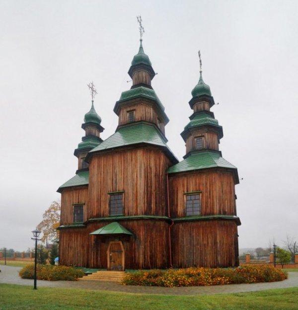 Церковь Св. Троицы, Пустовойтовка